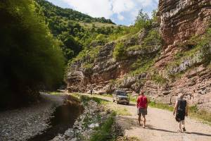 npl-overland-Offroad-Tour-Serbien-Steinboegen-2018 (21)