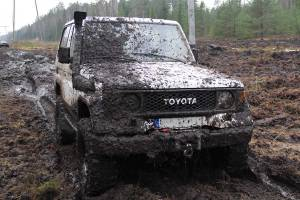 npl-overland-offroad-scout-our-lettland-schlammbad-2018