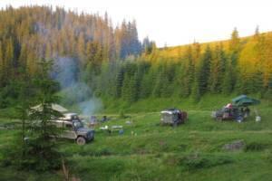 npl-overland-offroad-tour-rumaenien-camp